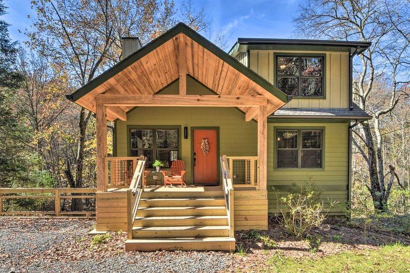 Creekside Craftsman Retreat in North GA Mountains!, vacation rental in McCaysville
