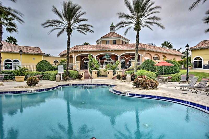 Fuja do clima de inverno com uma viagem ao Royal Palms Resort!