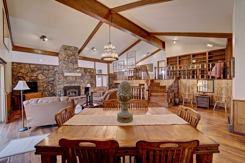 Colorado Wine Country Retreat, Weddings Welcome!, holiday rental in Clifton