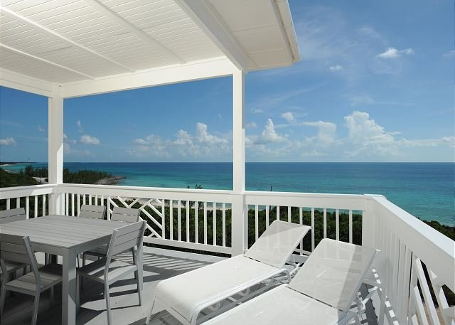 New Penthouse w/Htd. Pool, Dock, Pvt Beach, 2-Ocean View, Kayaks, Golf Cart, holiday rental in Eleuthera