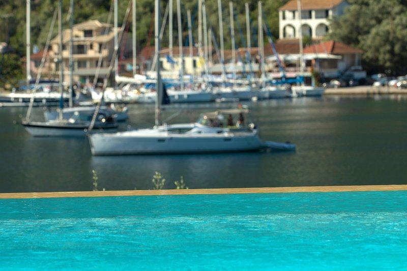 Luxury villa steps from the beach, villa Christina, vacation rental in Spartochori