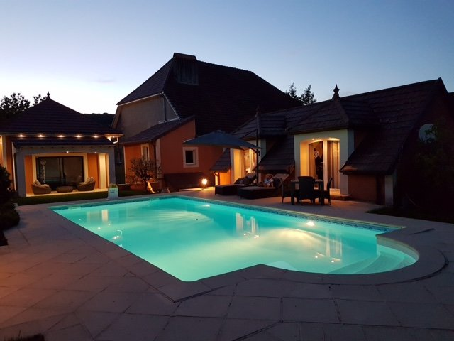 Apartment with swimming-pool, holiday rental in Dole