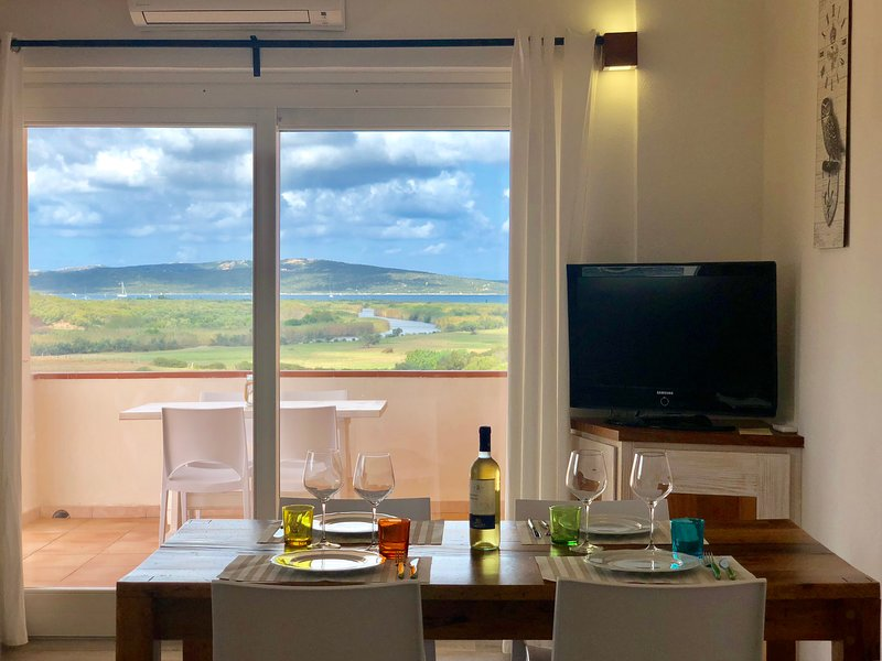 Apartment with stunning view, location de vacances à Palau