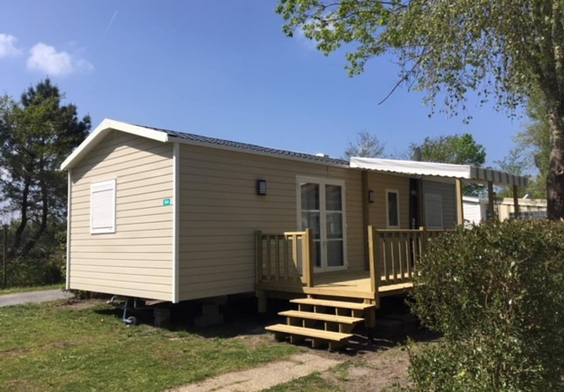 Mobile-familiale 3 chambres, holiday rental in Gastes