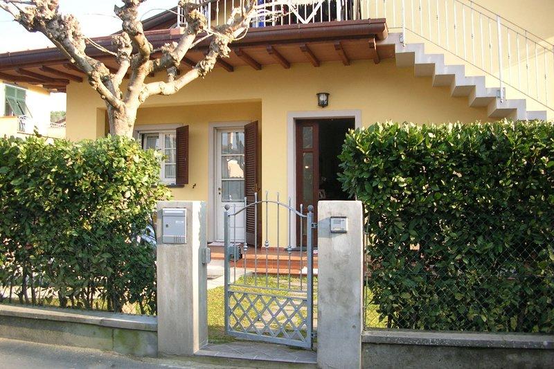 Fiore, holiday rental in Poveromo