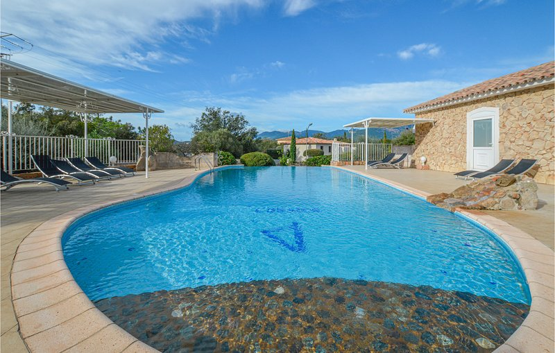 Nice home in Pinarellu with Outdoor swimming pool and 2 Bedrooms (FKO426), holiday rental in Pinarellu