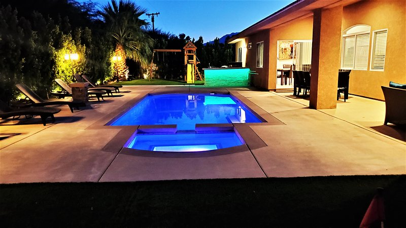The Perfect 4 Bedroom House To Entertain Every Age, holiday rental in Palm Springs