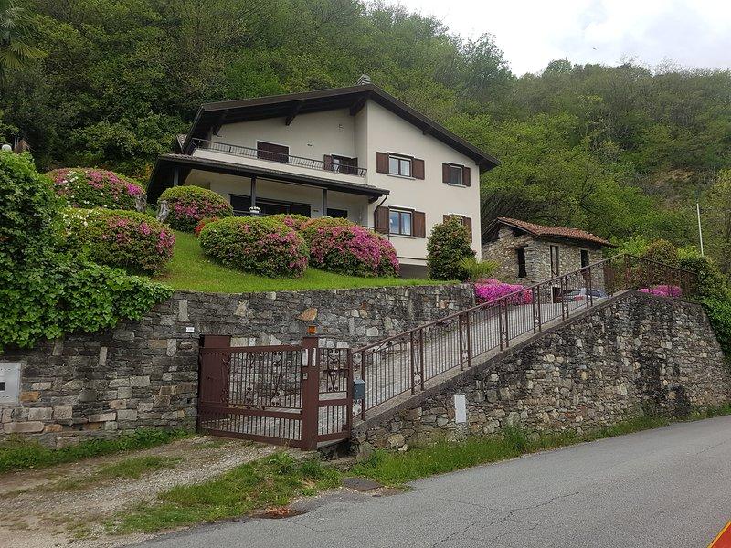Villa Lago Maggiore, holiday rental in Aurano