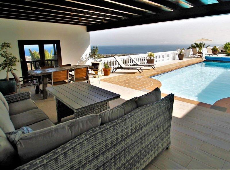 Holiday Apartment Marelmar, holiday rental in La Asomada