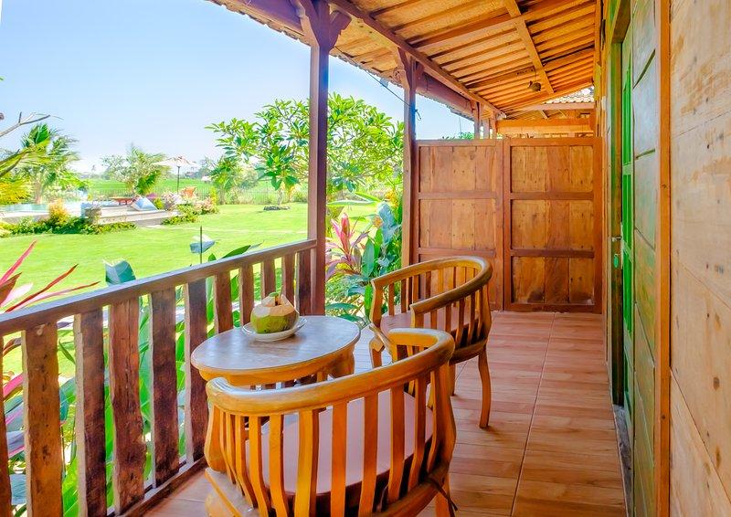 Shinta Canggu Wooden Green Paradise, casa vacanza a Buwit