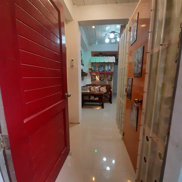 REDGATE21 HOMESTAY & HOSTEL, holiday rental in Liloan