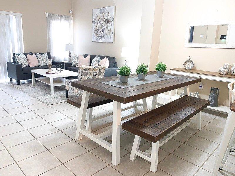 Comedor y sala de estar