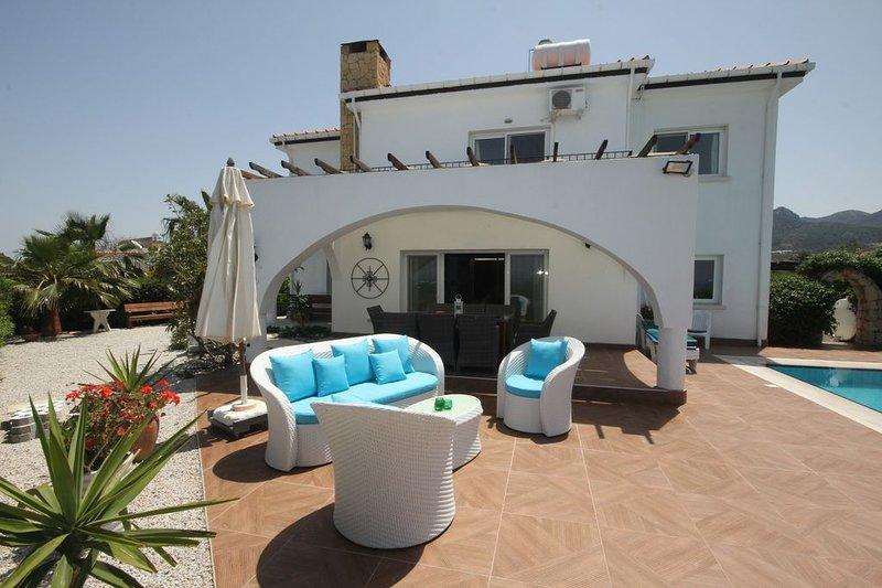 Villa Georgina, holiday rental in Kormakitis