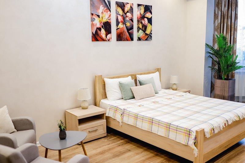 1 Bedroom City Center Luxury Apartment, casa vacanza a Chisinau