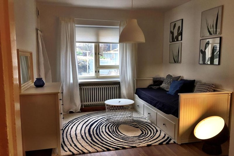� A Compact WeHost Close to Everything ❤️, holiday rental in Kauniainen