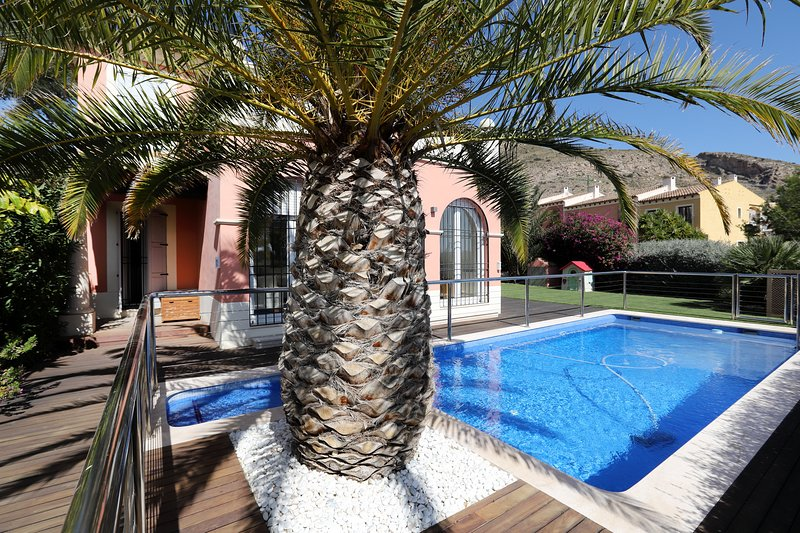 LUXURY VILLA LOCATED IN EXCLUSIVE AREA OF FINESTRAT [R489], holiday rental in Finestrat
