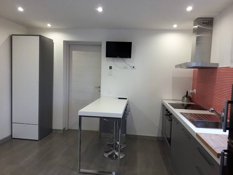 Nice studio with shared pool & Wifi, holiday rental in Donnini