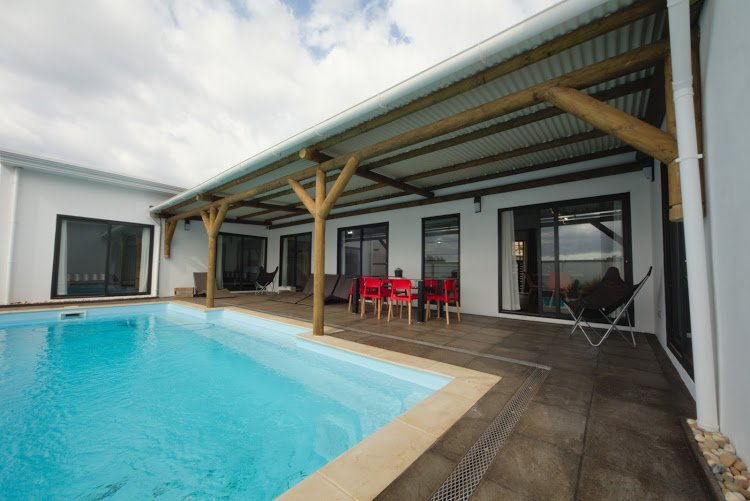 Spacious villa with swimming-pool, location de vacances à Beau Bassin - Rose Hill
