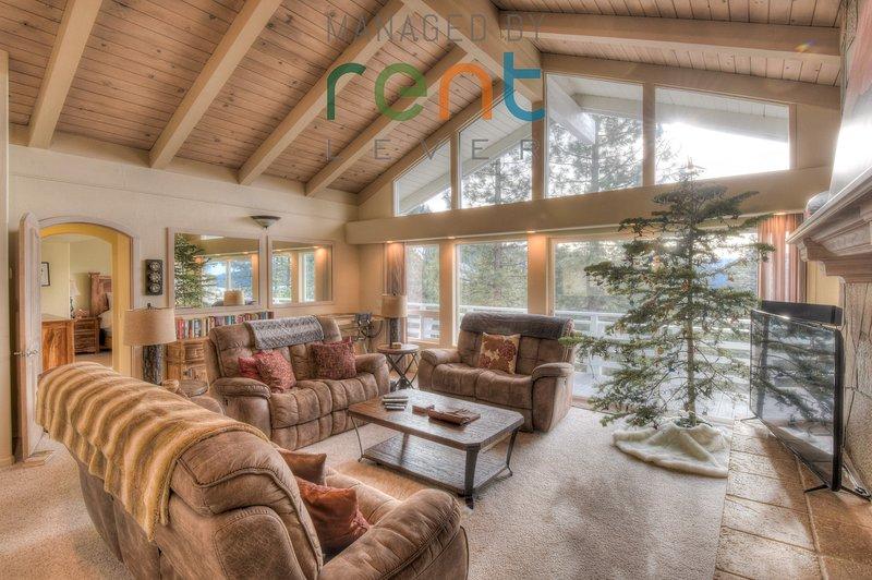 Muebles, sala de estar, habitación, interior, sofá