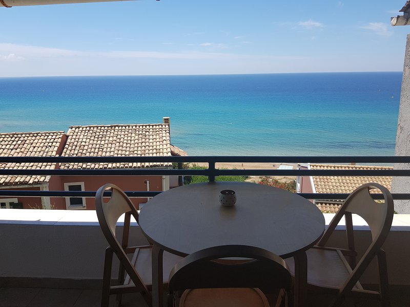 Corfu Glyfada Comfort Apartment 123, casa vacanza a Glyfada