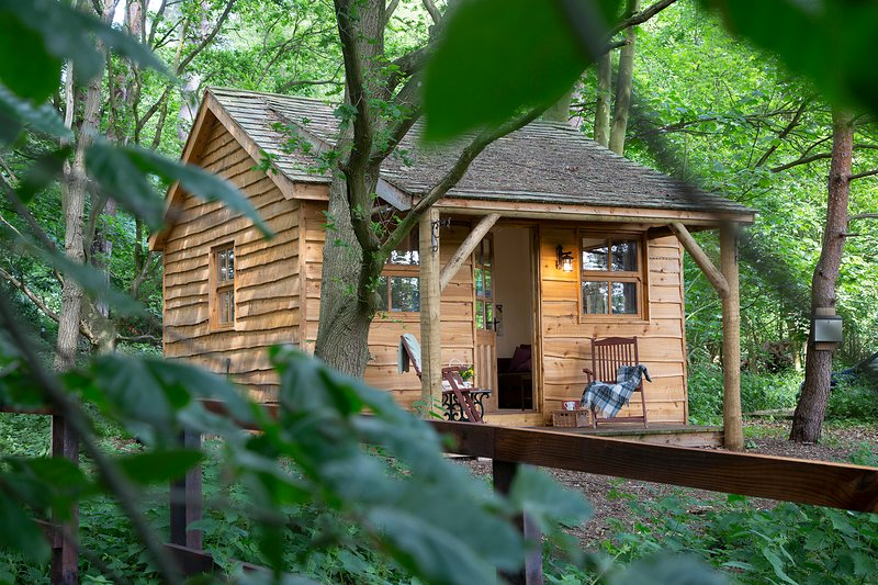 The Cedar Lodge at West Stow Pods, location de vacances à Bury St. Edmunds