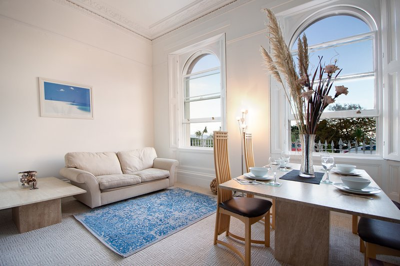Sleep by the Sea, Ground floor period one bed apartment, holiday rental in English Riviera