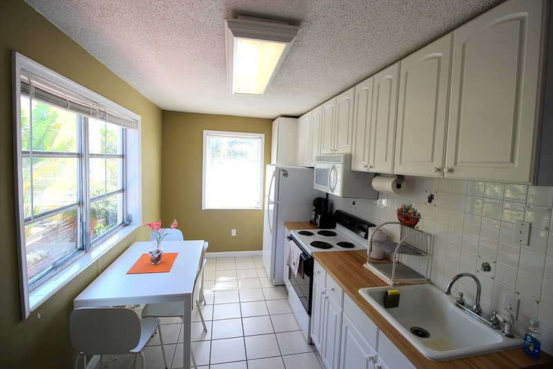 Intracoastal living 1/1, vacation rental in West Palm Beach