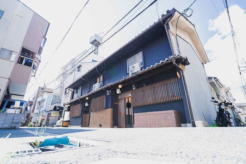 TSUDOYA TSURUHASI Whole Rent, holiday rental in Osaka Prefecture