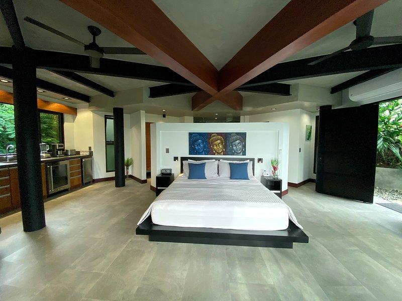 Monkitail Retreat @ Tulemar - cama king size