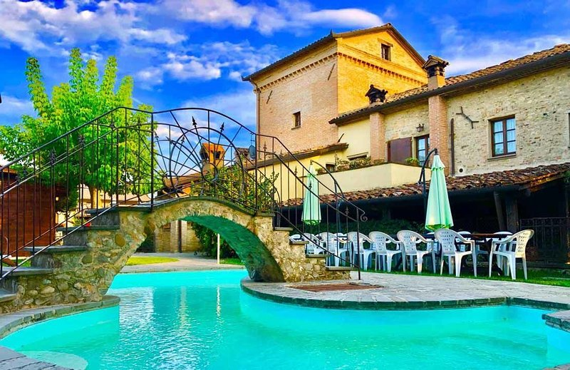 Monastery Guest House, holiday rental in Lerchi