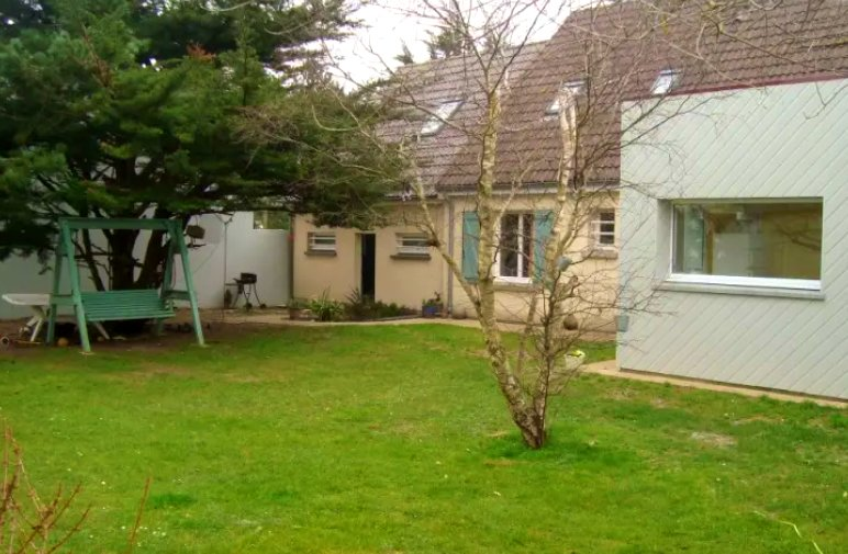 Big house near the beach & terrace, holiday rental in Manche