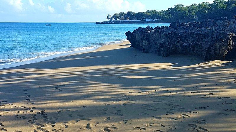 Playa de arena Imbert a tu puerta !!