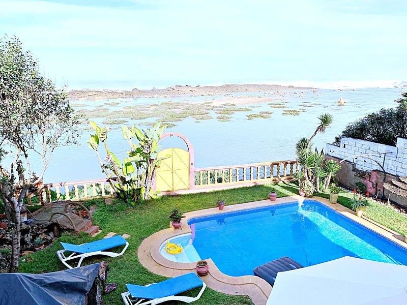 Villa D'Hôtes Harhoura Plage, vacation rental in Rabat-Sale-Zemmour-Zaer Region