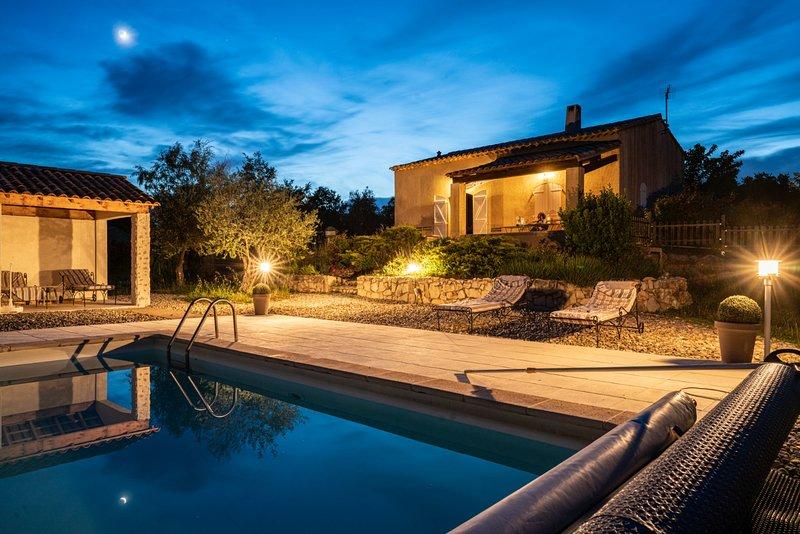 Villa 3 chambres piscine sans vis à vis au calme sur terrain de 4700 m² – semesterbostad i Var