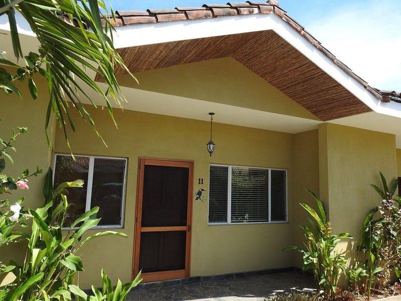 Beautiful 3 Bedroom/ 3 Bathroom Condo, Casa Feliz is your home away from home, aluguéis de temporada em Matapalo
