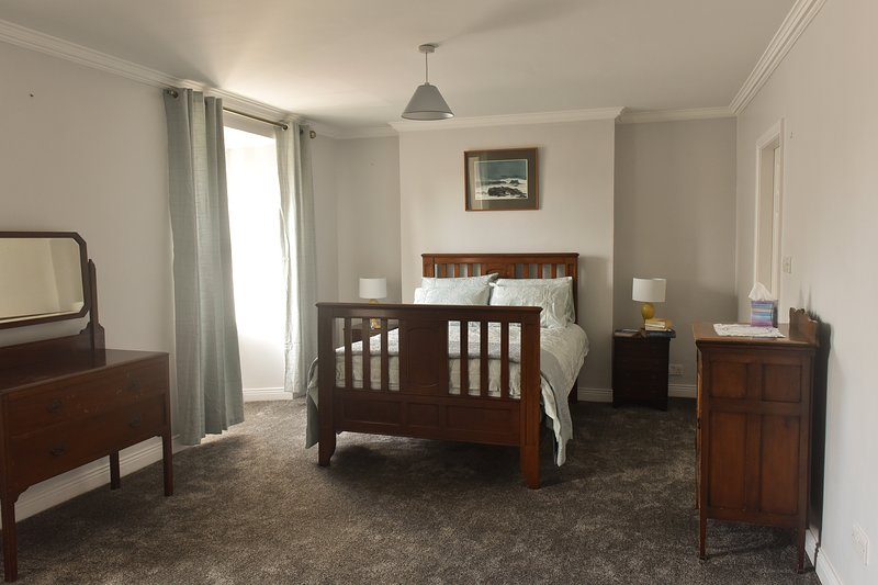 Dingle centre Townhouse, holiday rental in Dingle