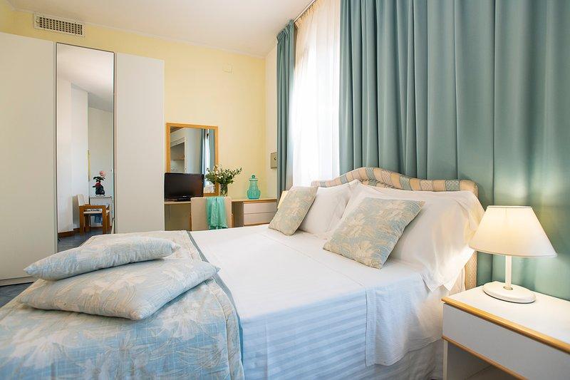 monolocali con angolo cottura in formula aparthotel, vacation rental in Ponti di Badia