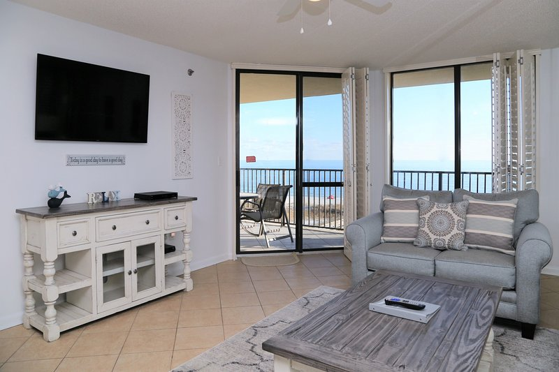 Direct Gulf Front Premium Phoenix 7503 NEW Furniture, Fresh Paint, Spacious Cond, alquiler de vacaciones en Orange Beach
