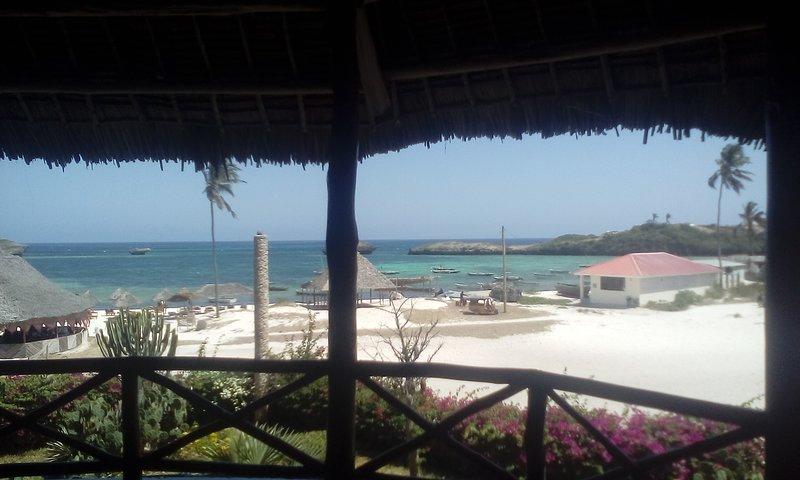 Beach Front Nicky Villa, vacation rental in Watamu