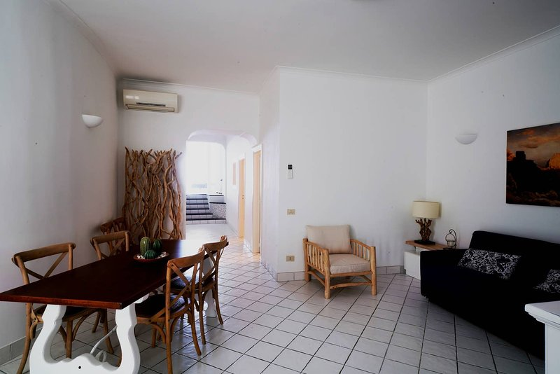 Amazing apt with sea view & terrace, casa vacanza a Marina Grande