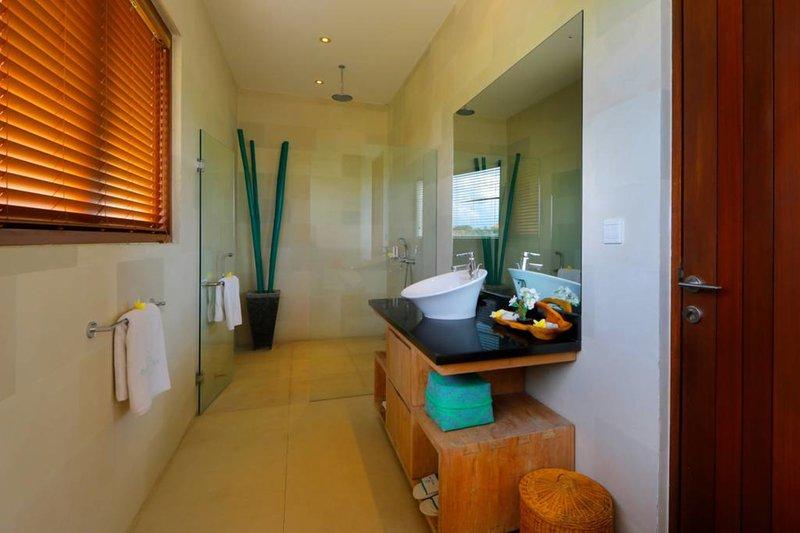 Design elegante del nostro bagno interno