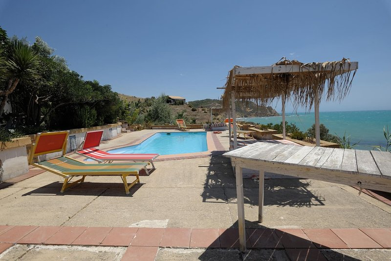 Nice apartment with shared pool, vacation rental in Siculiana Marina