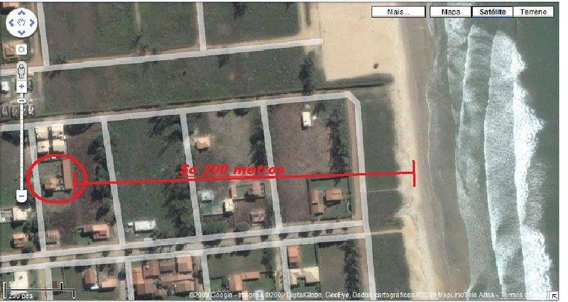 Foto Google, distanza dalla casa alla Coral Beach, a 200 metri, che bagna il residenziale.