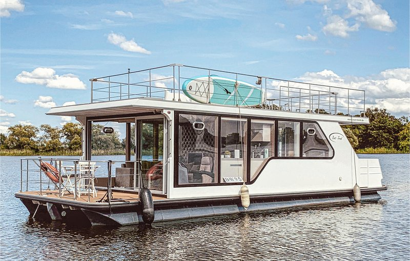 Awesome ship/boat in Havelsee with 1 Bedrooms (DBB011), vacation rental in Brandenburg City