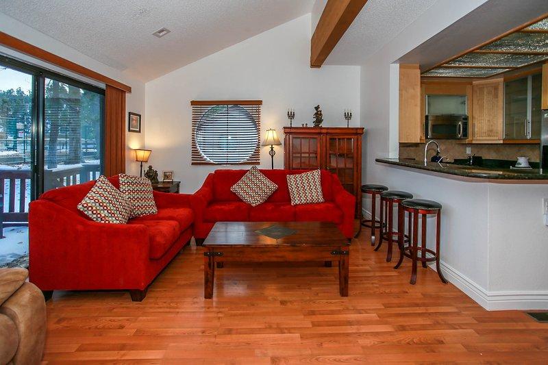 Quarto, Interior, Sala de estar, Móveis, Sofá