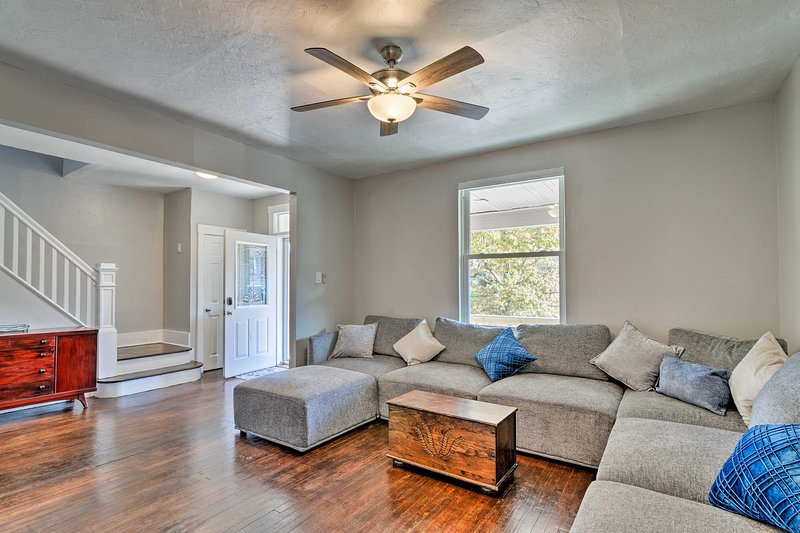 Steel City Family House - 4 Miles to Downtown!, vacation rental in Crafton