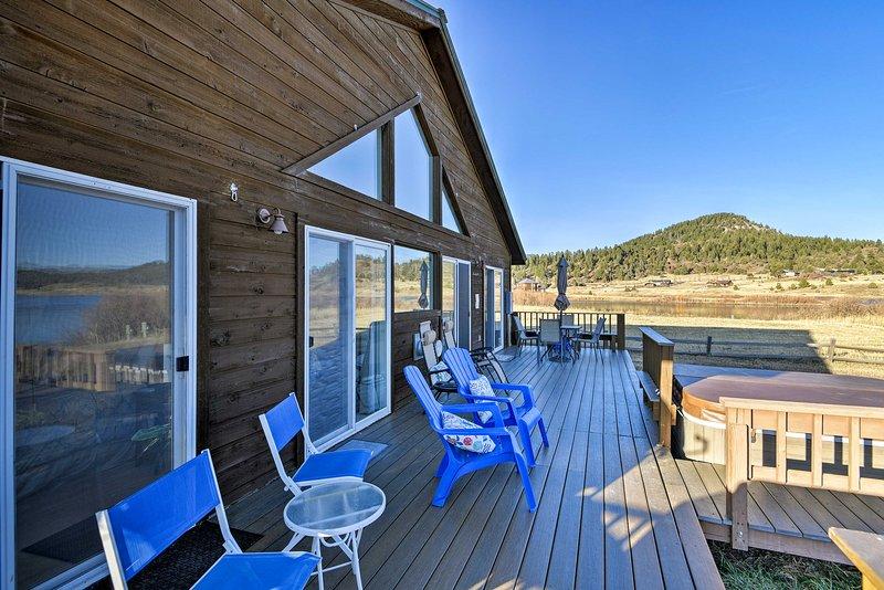 Questa casa con 3 camere da letto e 2 bagni offre servizi incredibili con serenità senza pari!