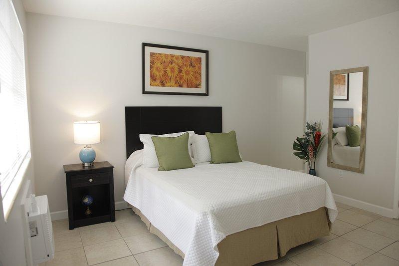 Miami Modern Studio # 4 Mimo, holiday rental in Miami Shores