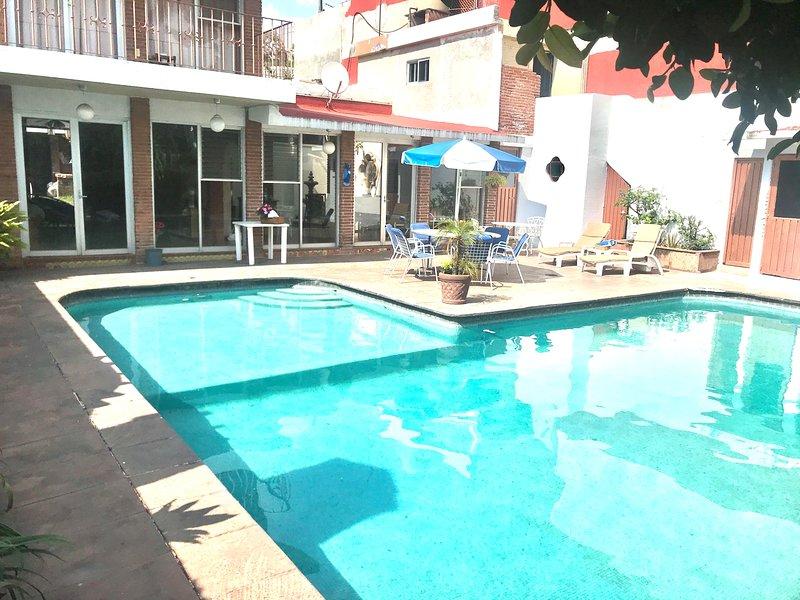 Hermosa casa privada con alberca y jardin, vacation rental in Cuernavaca