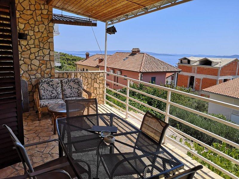 Okrug Gornji Apartment Sleeps 5 - 5409678, holiday rental in Zedno